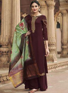 Buy designer salwar kameez online India at Ethnic Trendz. Shop the latest fashion of salwar suits for women, Anarkali suits & Patiala suits at best price. Salwar Kameez, Churidar Suits, Patiala, Bollywood Suits, Bollywood Lehenga, Lehenga Choli, Lehenga Style, Silk Dupatta, Anarkali Dress