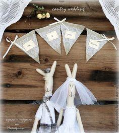 Купить или заказать Свадебные зайцы в стиле'Country' в интернет-магазине на Ярмарке Мастеров. Милые,очаровательные,позитивные зайки.в деревенском стиле, украсят ваш интерьер.послужат прекрасным подарком для вас и ваших друзей.Принесут уют и те…