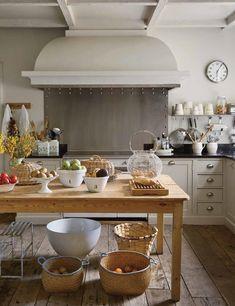 f0118-01 Kitchen Hoods, Kitchen Pantry, Kitchen Dining, Isabel Lopez, Swedish Farmhouse, Interior And Exterior, Interior Design, Architectural Digest, Wooden Tables