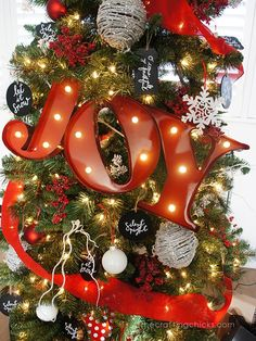 DIY Christmas Tree - with Joy Marquee