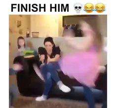 Super Funny Videos, Funny Video Memes, Funny Short Videos, Really Funny Memes, Funny Animal Videos, Stupid Funny Memes, Funny Laugh, Funny Relatable Memes, Funny Texts