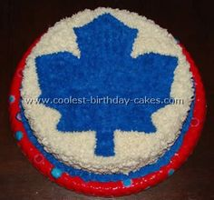 Take a look at the coolest homemade Hockey sports cakes. You'll also find loads of homemade cake ideas and DIY birthday cake inspiration. Hockey Birthday Cake, Hockey Party, Diy Birthday Cake, Father Birthday, 9th Birthday, Hockey Cakes, Snow Cake, Sport Cakes, Canadian Winter