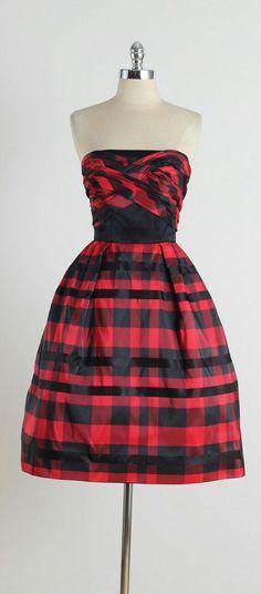Vintage Fashion 1950s, Vintage 1950s Dresses, Vestidos Vintage, Mode Vintage, Retro Fashion, Vintage Outfits, Womens Fashion, Vintage Clothing, Classy Fashion