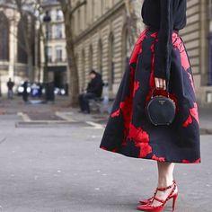 Valentino x Prada @altamiranyc #style #styling #stylish #fashion #fashionable #fashionweek #valentino #shoes #heels #prada #bag #clutch #red #skirt #luxury #luxuryshoes #luxuryfashion #black #streetstyle #streetfashion #paris #pfw