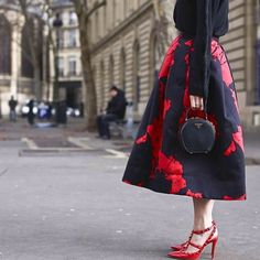Valentino x Prada @altamiranyc #style #styling #stylish #fashion #fashionable #fashionweek #valentino #shoes #heels #prada #bag #clutch #red #skirt #luxury #luxuryshoes #luxuryfashion #black #streetstyle #streetfashion #paris #pfw