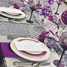 Vivid Colors Create a Dramatic Party