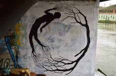 Street Art: DAVID DE LA MANO. Mass Behavior - Raccooning Society