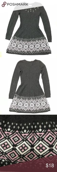 Abercrombie Kids long sleeve knit gray dress •Abercrombie Kids long sleeve knit gray dress with white & pink design  •Condition: GUC- slight pilling  •Any flaws: slight pilling •Size: 11/12 •Material: 57% Cotton, 28% acrylic, 15% polyester  •FREE Matching, customized HEADBAND with purchase! ***I ❤️❤️ Bundles & offers!!*** •Follow me on IG for sneak peeks before new items go live! @myjeanmarie.posh.closet •Comes from smoke & pet free home •The listing is ONLY for item(s) described in the…