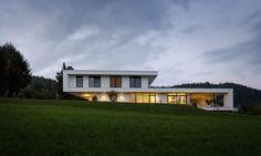 Wohnhaus mit Blick auf die Karawanken | Trecolore :: Architects of integrated solutions