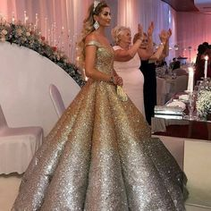 Ombre Sequins Sweetheart Off The Shoulder Ball Gowns Quinceanera Dresses Ombre Sequins Sweetheart Off The Shoulder Ball Gowns Quinceanera Dress – alinanova The post Ombre… Ombre Prom Dresses, Prom Dresses Under 100, Gorgeous Prom Dresses, Quinceanera Dresses, Wedding Dresses, Quinceanera Ideas, Dress Prom, Pretty Dresses, Ball Gowns Evening