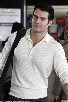 Henry Cavill for Christian Grey/Fifty, please! Superman Cavill, Henry Superman, Superman Man Of Steel, Superman Baby, Henry Cavill, Aidan Turner, Most Beautiful Man, Gorgeous Men, Flights To London