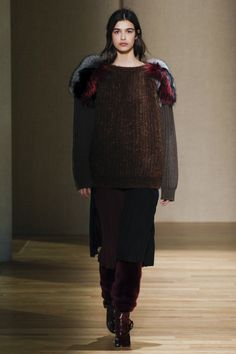 Agnona Fall 2017 Ready-to-Wear Collection Photos - Vogue