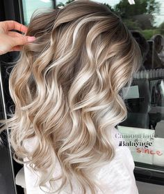 Full Balayage toned with Igora Vibrance all 36 comments Blonde Balayage Highlights, Hair Color Highlights, Balayage Hair, Ombre Hair, Natural Blonde Hair With Highlights, Full Balayage, Neutral Blonde, Champagne Blonde, Blonde Hair Looks