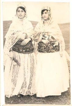 Photograph of Kurdish women