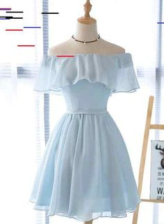 Beautiful light blue party dress adorable blue Wunderschönes hellblaues Partykleid bezauberndes blaues Brautjungfernkleid – Beauty – Ellise M. Simple Homecoming Dresses, Hoco Dresses, Short Bridesmaid Dresses, Wedding Dresses, Skater Dresses, Simple Short Dresses, Short Blue Prom Dresses, Dress Outfits, Chiffon Dresses