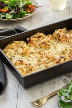 This is the easiest and most delicious pie! Impressive to look at, so delicious to eat – but it couldn't be simpler to make. Try it today! Head to the blog to get more details and the recipe.  Cheese and Herb Filo Pie | Filo Pie  #cheeseandherbfilopie #cheeserecipes #filorecipes #greekrecipes #easyappetisers #easysidedish #potluckrecipes #easyrecipes #vegetarianrecipes #itsnotcomplicatedrecipes #cravecookconsume  itsnotcomplicatedrecipes.com