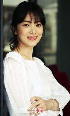 [Photo] Song Hye-kyo's spring smile