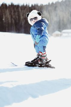 Tips for skiing with kids. How to pack for skiing with kids. kids skiing in Colorado Baby Skiing, Snow Skiing, Winter Love, Winter Snow, Skater Kid, Skiing Quotes, Snow Activities, Kids Skis, Snow Outfit