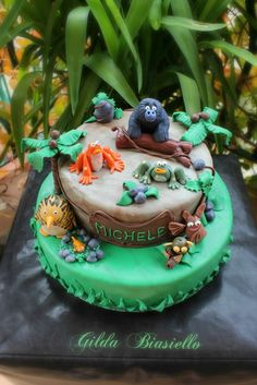 Jungle Bunch Birthday cake
