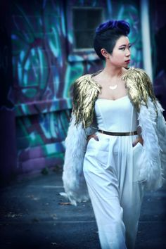 1a910e791d Zuhair Murad Inspired Gold White Rooster Feather Glamour Fashion Cape