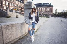 Kenza Zouiten in Fake fur from Rut & Circle // jeans Chicy // FILA shoes // Alexander Wang bag // Asos sunglasses // Aleks sweatshirt