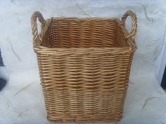 Linens and Laundry--ActorTeam by Linda Yunker on Etsy