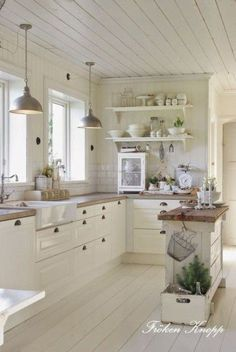 290 best cottage kitchen images in 2019 cottage decorating rh pinterest com