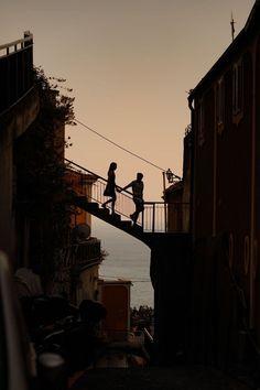 Couple Aesthetic, Aesthetic Pictures, Positano Italien, Foto Instagram, Instagram Quotes, Travel Aesthetic, Couple Pictures, Aesthetic Wallpapers, Cute Couples
