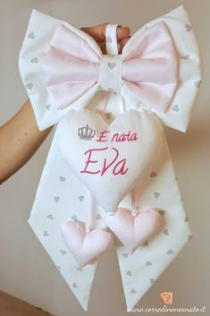 fiocco nascita bimba Eva bianco rosa - fiocco nascita bimba eva bianco rosa made in Italy - ? Baby Co, Baby Girl Newborn, Baby Crafts, Felt Crafts, Baby Sheets, Bunny And Bear, Baby Mobile, Crochet Bunny, Gifts For New Moms
