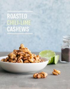 This zesty roasted cashew recipe will make a great game day snack! Set some Roasted Chili Lime Cashews out next time you're hosting! I Love Food, Good Food, Yummy Food, Healthy Snacks, Healthy Recipes, Banting Recipes, Savory Snacks, Good Roasts, Get Thin