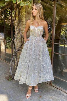 Pretty Prom Dresses, Hoco Dresses, Dream Wedding Dresses, Ball Dresses, Elegant Dresses, Bridal Dresses, Ball Gowns, Evening Dresses, Formal Dresses