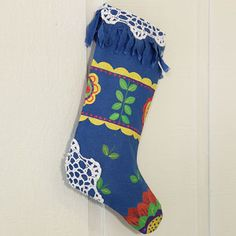Such a great Christmas stocking pattern | FaveCrafts.com
