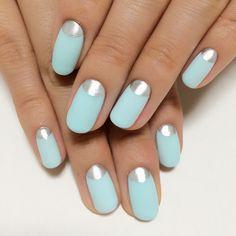 Mint blue × Silver nail