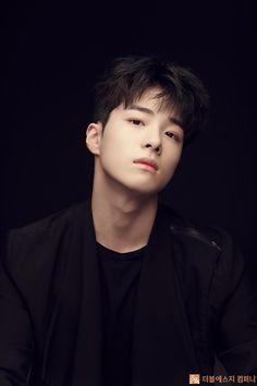 Nam DA Reum WALLPAPERS #wallpaper #lockscreen Korean Star, Korean Men, Handsome Korean Actors, Boy Best Friend, Baby Faces, Korean Babies, Song Hye Kyo, People Of Interest, Kdrama Actors