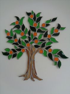 Easy Mosaic, Flower Frame, Stained Glass, Trees, Mosaic Crafts, Log Projects, Mosaics, Glass, Needlepoint