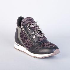 ee1818bd9ae2 женские кроссовки: лучшие изображения (10) в 2018 г.   Кроссовки ...