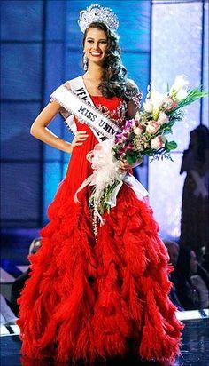 Miss Universe 2009 Estefenia Fernandez, Venezuela