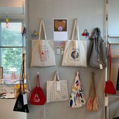 Cotton Shopping Bags, Circle Purse, O Bag, Diy Tote Bag, Embroidery Bags, Cute Backpacks, Fabric Bags, Cute Bags, Cotton Bag