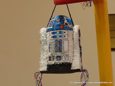 A mama with ideas...: Make your own R2D2 Pinata with easy instructions and printable decorations...