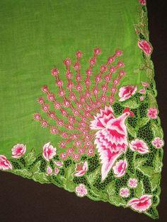 Peranakan peacock sulam(embroidery) found along hemline of kebaya top. Cutwork Saree, Cutwork Embroidery, Embroidery Designs, Fabric Patterns, Sewing Patterns, Multi Threading, Global Style, Cut Work, Kurta Designs