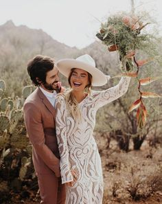 Bridal Trend with Hats // Boho Hipster Bride with Casey Quigley - Wedding Dress Hipster Bride, Boho Bride, Hipster Shoes, Wedding Hats, Wedding Gowns, Hotel Wedding, Bridal Gowns, Bouquet Wedding, Boho Wedding Dress