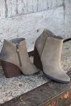 Whitby Bootie (Taupe)   Shoes   Ribbon Chix