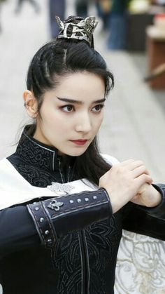 Đại Tư Dual Swords, Red String Of Fate, Aesthetic Women, China Girl, Chinese Clothing, Hanfu, China Fashion, Timeless Beauty, Costumes For Women