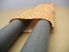 assembling door draft stopper full tutorial on flicker Door Draught Stopper, Draft Stopper, Sewing Hacks, Sewing Crafts, Sewing Projects, Craft Stick Crafts, Diy And Crafts, Diy Projects To Try, Craft Projects