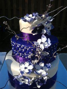 purple flower cake