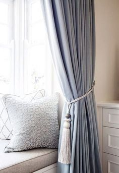 A classic American bedroom in the perfect pale blue palette by Highgate House - The Interiors Addict Navy Blue Curtains, Linen Curtains, Curtains With Blinds, Curtain Panels, Curtains Living, Blue Bedroom Curtains, High Curtains, Light Bedroom, Vintage Curtains