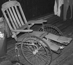 Old Wheelchair, this one can raise the legs up to horizontal.
