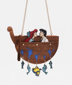 Once again Danielle Nicole has created beautiful fantasy bags inspired by beloved Disney classics. The newest Danielle Nicole Disney Bags are inspired by Disney Mode, Walt Disney, Style Disney, Disney Dream, Danielle Nicole Disney, Disney Handbags, Mermaid Kisses, Metallic Bag, Disney Jewelry