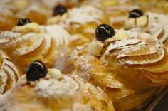 The recipes of bignè on http://www.blogandthecity.it/bigne-di-san-giuseppe-o-zeppole-napoletane/