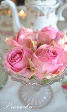 ✿~ Lady Loves Luxury `✿⊱╮ *******Tea & Pink Roses********